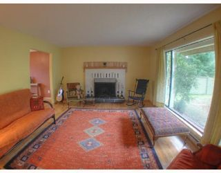 """Photo 5: 560 OCEANVIEW Drive in Gibsons: Gibsons & Area House for sale in """"WOODCREEK PARK"""" (Sunshine Coast)  : MLS®# V672375"""