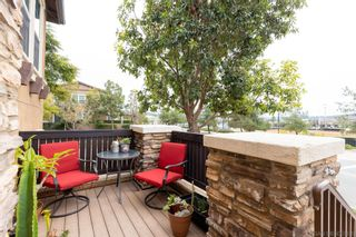 Photo 2: SANTEE Townhouse for sale : 3 bedrooms : 9935 Leavesly Trl