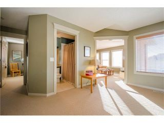 Photo 12: 76 STRATHLEA Place SW in Calgary: Strathcona Park House for sale : MLS®# C4092293