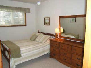 Photo 11: 51 ESSAR Avenue in WINNIPEG: East Kildonan Residential for sale (North East Winnipeg)  : MLS®# 1104069