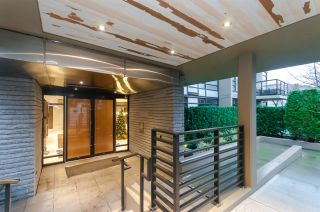 """Photo 2: 905 1468 W 14TH Avenue in Vancouver: Fairview VW Condo for sale in """"THE AVEDON"""" (Vancouver West)  : MLS®# R2457270"""