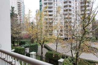 "Photo 29: 212 3098 GUILDFORD Way in Coquitlam: North Coquitlam Condo for sale in ""MARLBOROUGH HOUSE"" : MLS®# R2225808"
