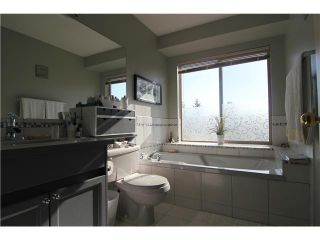 """Photo 15: 307 1955 SUFFOLK Avenue in Port Coquitlam: Glenwood PQ Condo for sale in """"Oxford Place"""" : MLS®# V1032210"""