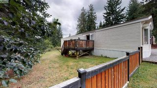 Photo 3: B7-920 Whittaker Road  |  Mobile Home For Sale