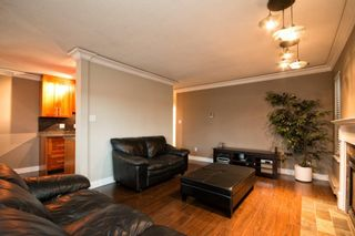 """Photo 12: 101 2615 LONSDALE Avenue in North Vancouver: Upper Lonsdale Condo for sale in """"HarbourView"""" : MLS®# V1078869"""