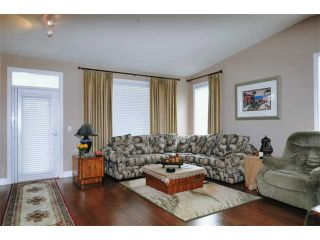 Photo 3: 152 19639 MEADOW GARDENS Way in Pitt Meadows: North Meadows House for sale : MLS®# V902175