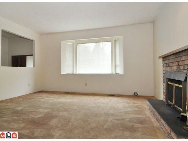 Photo 4: Photos: 2091 126TH Street in Surrey: Crescent Bch Ocean Pk. House for sale (South Surrey White Rock)  : MLS®# F1207412