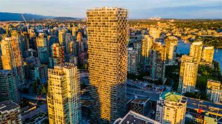 "Photo 19: 5203 1480 HOWE Street in Vancouver: Yaletown Condo for sale in ""VANCOUVER HOUSE"" (Vancouver West)  : MLS®# R2528347"