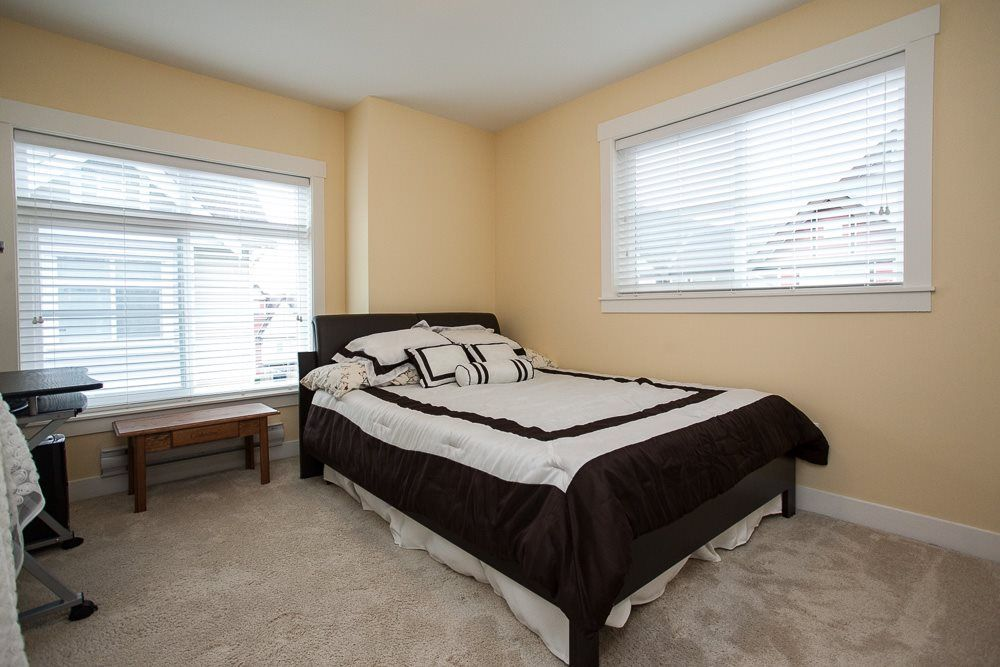"Photo 16: Photos: 7 9405 121 Street in Surrey: Queen Mary Park Surrey Townhouse for sale in ""Redleaf Crescent"" : MLS®# R2154591"