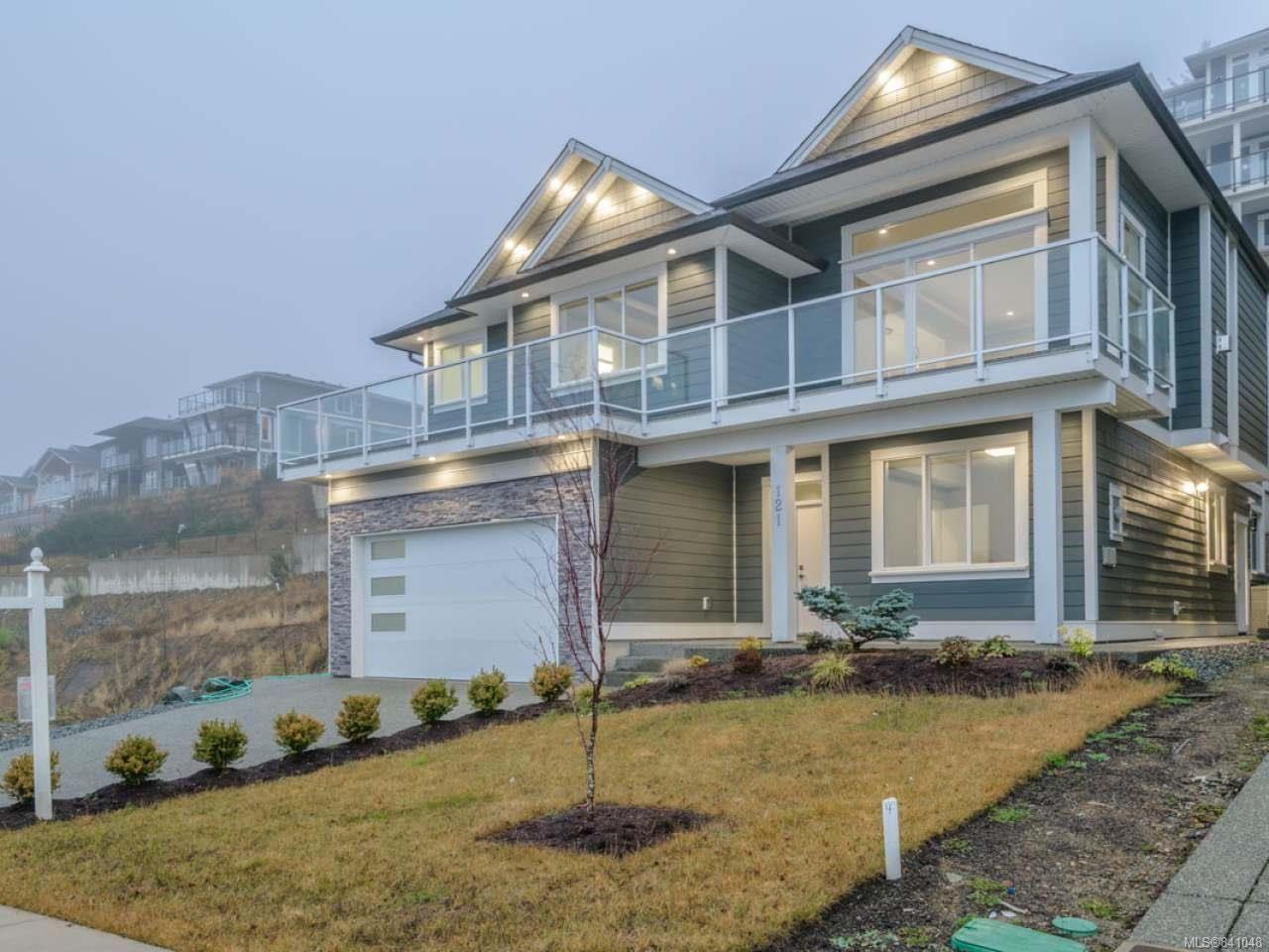 Main Photo: 121 Royal Pacific Way in NANAIMO: Na North Nanaimo House for sale (Nanaimo)  : MLS®# 841048