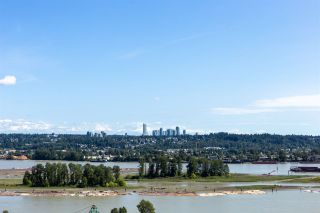 Photo 1: 1901 258 NELSON'S Court in New Westminster: Sapperton Condo for sale : MLS®# R2484009
