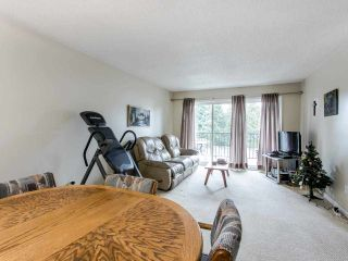 """Photo 2: 206 5191 203 Street in Langley: Langley City Townhouse for sale in """"Longlea"""" : MLS®# R2422119"""