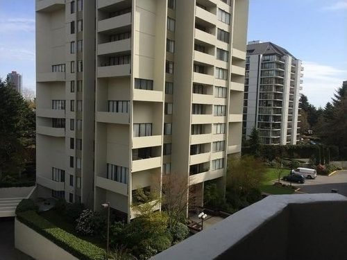 """Main Photo: 902 4200 MAYBERRY Street in Burnaby: Central Park BS Condo for sale in """"TIMES SQUARE"""" (Burnaby South)  : MLS®# R2160832"""