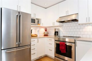"""Photo 1: 216 555 W 14TH Avenue in Vancouver: Fairview VW Condo for sale in """"The Cambridge"""" (Vancouver West)  : MLS®# R2447183"""