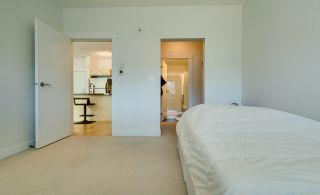 """Photo 17: 315 33538 MARSHALL Road in Abbotsford: Central Abbotsford Condo for sale in """"The Crossing"""" : MLS®# R2569081"""