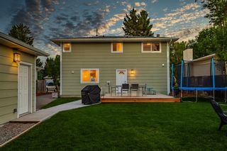 Photo 32: 712 Cedarille Way SW in Calgary: Cedarbrae Detached for sale : MLS®# A1021294