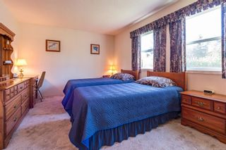 Photo 5: 2026 Hummingbird Pl in : CV Comox (Town of) House for sale (Comox Valley)  : MLS®# 858108