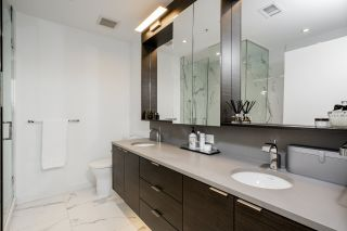 """Photo 10: 1402 1688 PULLMAN PORTER Street in Vancouver: Mount Pleasant VE Condo for sale in """"NAVIO AT THE CREEK"""" (Vancouver East)  : MLS®# R2554724"""
