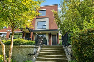 """Main Photo: 1962 W 5TH Avenue in Vancouver: Kitsilano Townhouse for sale in """"THE EDGE ON FIFTH"""" (Vancouver West)  : MLS®# R2598891"""