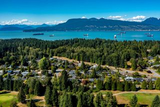 """Photo 26: 4875 COLLEGE HIGHROAD in Vancouver: University VW House for sale in """"UNIVERSITY ENDOWMENT LANDS"""" (Vancouver West)  : MLS®# R2611401"""