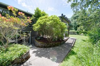 Photo 9: 4056 Tyne Crt in : SE Mt Doug House for sale (Saanich East)  : MLS®# 878262