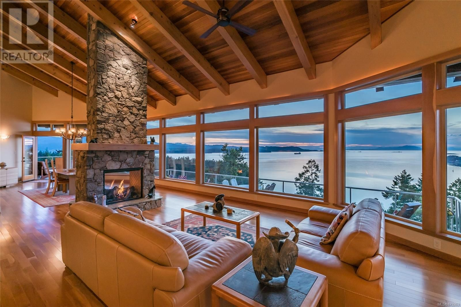 Photo 9: Photos: 825 Duthie Ave in Gabriola Island: House for sale : MLS®# 879263