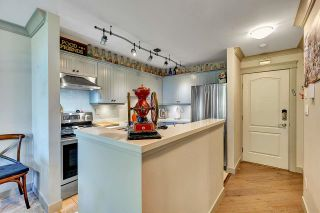 """Photo 6: 402 15991 THRIFT Avenue: White Rock Condo for sale in """"Arcadian"""" (South Surrey White Rock)  : MLS®# R2621325"""