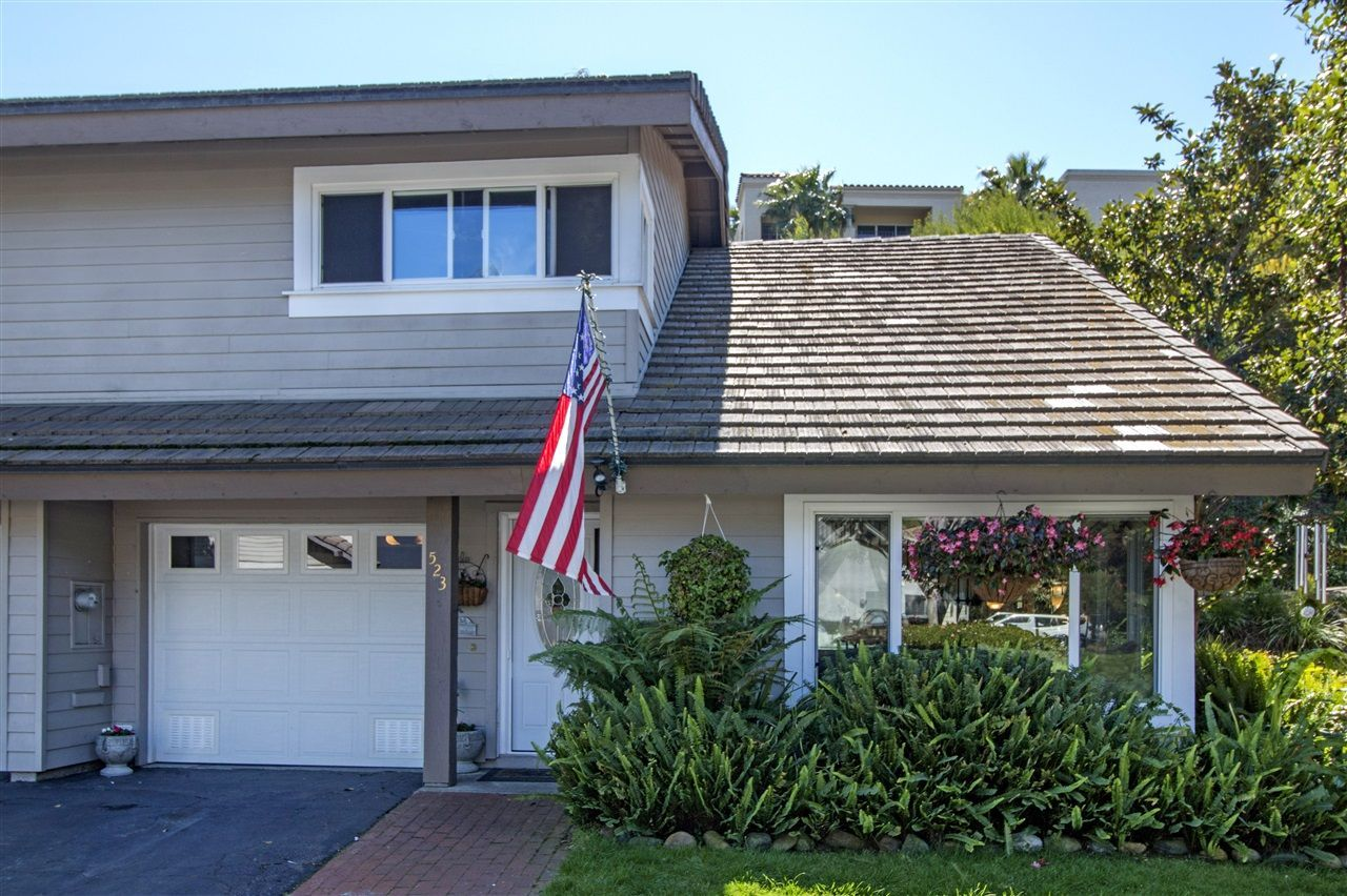Main Photo: SOLANA BEACH Townhouse for sale : 3 bedrooms : 523 Turfwood Lane