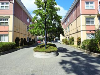 Photo 3: 216 663 Goldstream Ave in : La Fairway Condo for sale (Langford)  : MLS®# 851986
