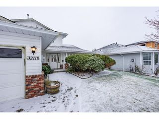 Photo 3: 32110 BALFOUR Drive in Abbotsford: Central Abbotsford House for sale : MLS®# R2538630