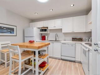 Photo 2: 311 2777 Barry Rd in MILL BAY: ML Mill Bay Condo for sale (Malahat & Area)  : MLS®# 836483