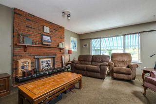 "Photo 4: 6504 LYON Road in Delta: Sunshine Hills Woods House for sale in ""SUNSHINE HILLS"" (N. Delta)  : MLS®# R2078221"