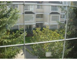 """Photo 2: 302 6820 RUMBLE Street in Burnaby: South Slope Condo for sale in """"GOVERNOR'S WALK"""" (Burnaby South)  : MLS®# V671882"""