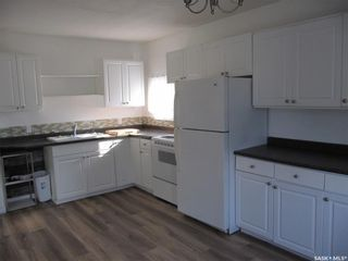 Photo 2: 400 Broad Street in Cut Knife: Residential for sale : MLS®# SK866968