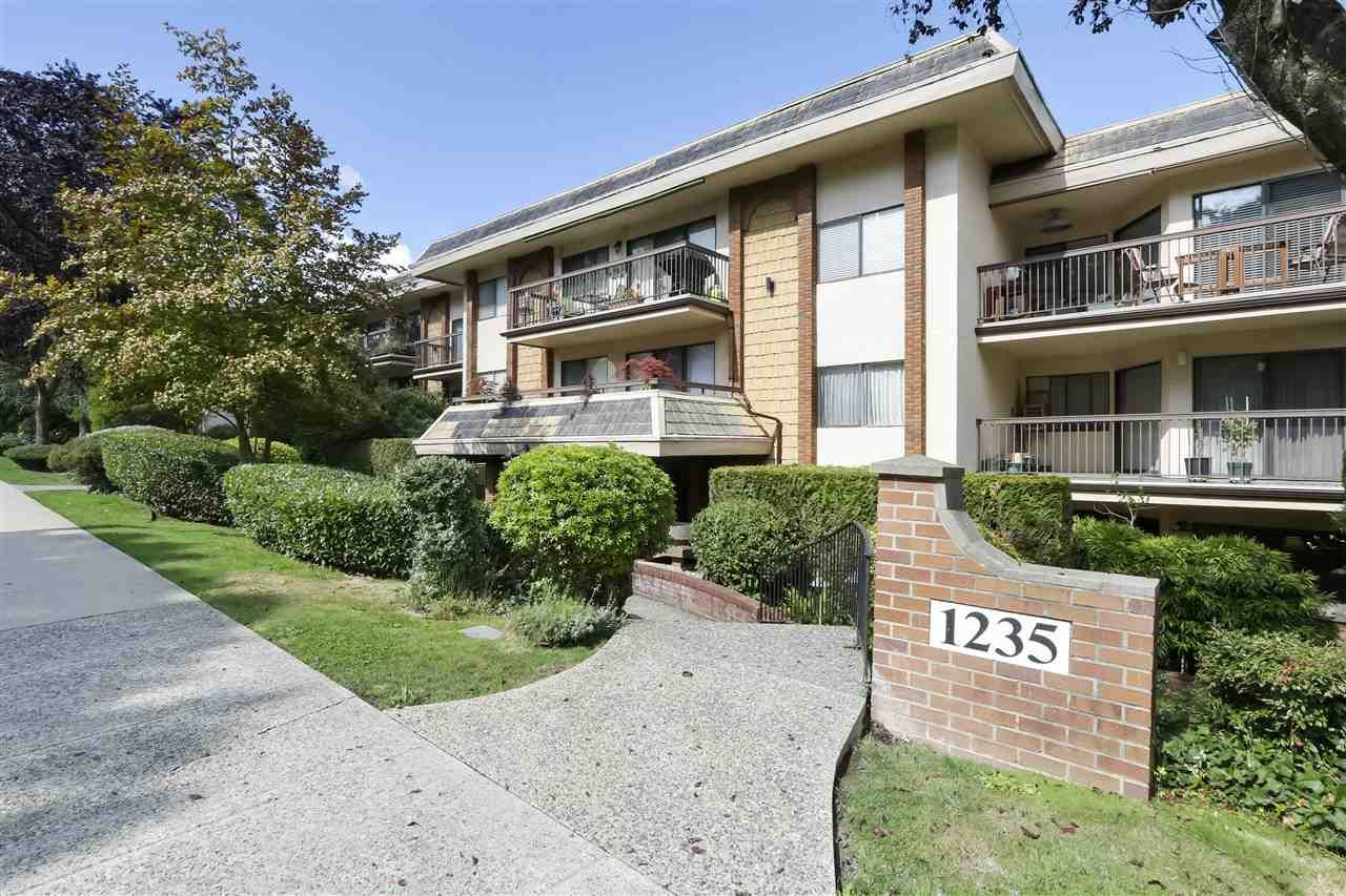 Photo 1: Photos: 215 1235 W 15TH AVENUE in Vancouver: Fairview VW Condo for sale (Vancouver West)  : MLS®# R2404476