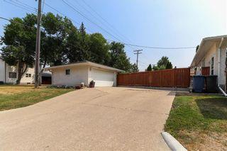 Photo 37: 237 Knowles Avenue in Winnipeg: North Kildonan Residential for sale (3G)  : MLS®# 202119694