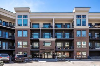 Photo 1: 109 408 Cartwright Street in Saskatoon: The Willows Residential for sale : MLS®# SK840907