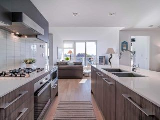 """Photo 13: 706 2221 E 30TH Avenue in Vancouver: Victoria VE Condo for sale in """"KENSINGTON GARDENS BY WESTBANK"""" (Vancouver East)  : MLS®# R2511988"""