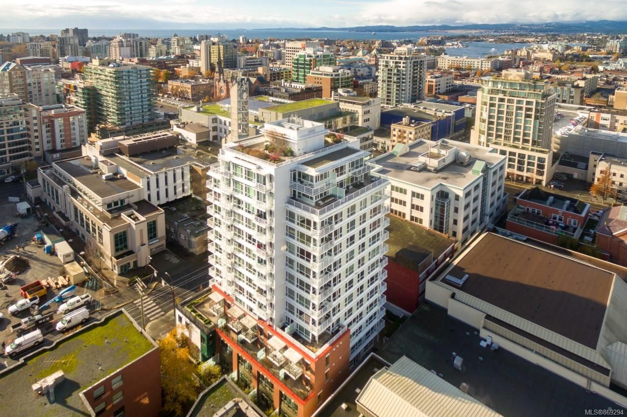 Main Photo: 801 834 Johnson St in : Vi Downtown Condo for sale (Victoria)  : MLS®# 869294