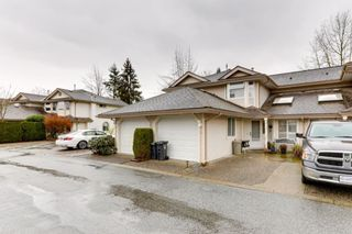 """Photo 1: 26 9045 WALNUT GROVE Drive in Langley: Walnut Grove Townhouse for sale in """"BRIDLEWOODS"""" : MLS®# R2535802"""