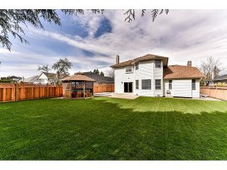 """Photo 19: 15498 91A Street in Surrey: Fleetwood Tynehead House for sale in """"BERKSHIRE PARK area"""" : MLS®# F1435240"""