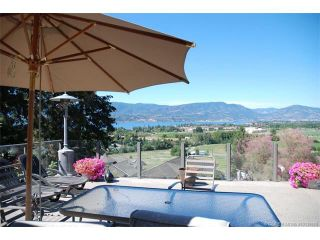 Photo 1: 1065 Bartholomew Court in Kelowna: Lower Mission House for sale : MLS®# 10135869