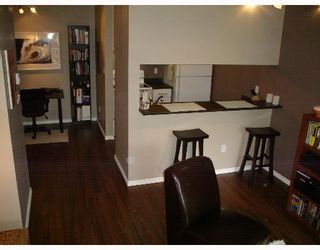 """Photo 2: 1775 W 10TH Ave in Vancouver: Fairview VW Condo for sale in """"STANFORD COURT"""" (Vancouver West)  : MLS®# V638977"""