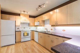 "Photo 3: 17 13918 58 Avenue in Surrey: Panorama Ridge Townhouse for sale in ""Alder Park"" : MLS®# R2393789"