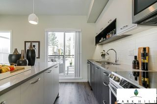"""Photo 3: 16 20087 68 Avenue in Langley: Willoughby Heights Townhouse for sale in """"PARK HILL"""" : MLS®# R2358727"""
