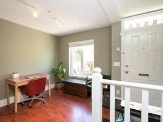Photo 7: 130 LAKEWOOD DRIVE in Vancouver East: Hastings Home for sale ()  : MLS®# R2067409