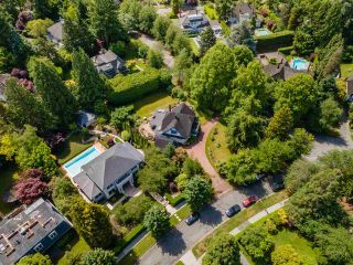 Photo 2: 1650 AVONDALE Avenue in Vancouver: Shaughnessy House for sale (Vancouver West)  : MLS®# R2591630