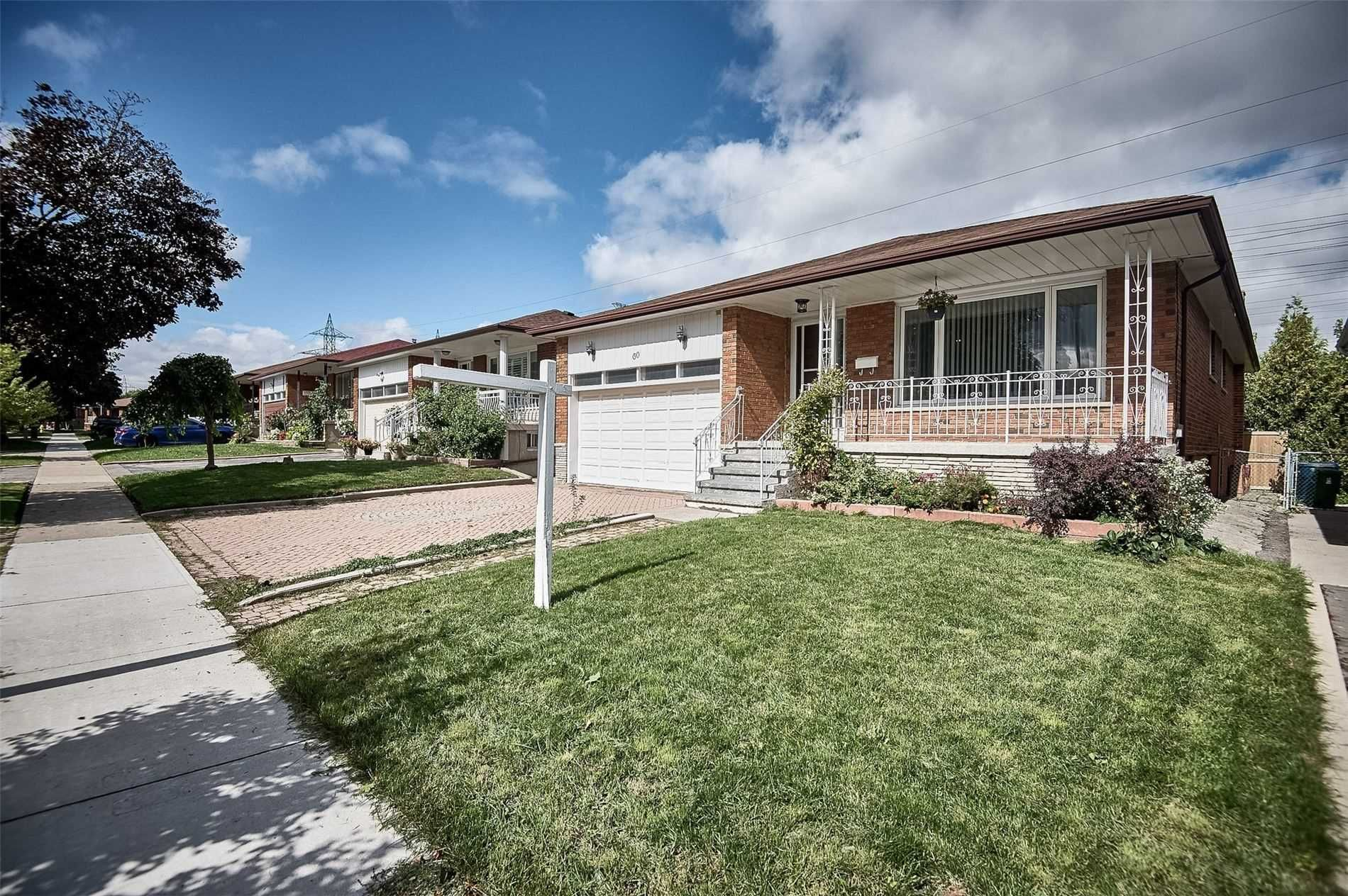 Main Photo: 60 Iangrove Terrace in Toronto: L'Amoreaux House (Bungalow) for sale (Toronto E05)  : MLS®# E5383921