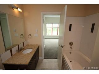 Photo 2: 406 1325 Bear Mountain Pkwy in VICTORIA: La Bear Mountain Condo for sale (Langford)  : MLS®# 662311