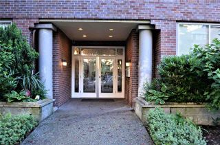 Photo 4: 202 1230 HARO STREET in Vancouver: West End VW Condo for sale (Vancouver West)  : MLS®# R2463124
